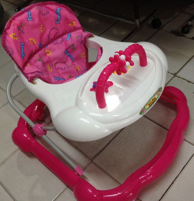 Baby Walker Family 136L Pink