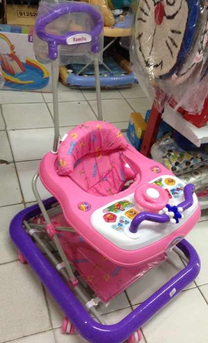 Baby Walker Family 1817 Pink