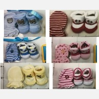 Kaos Kaki + Sarung Tangan Baby Grow 18070073