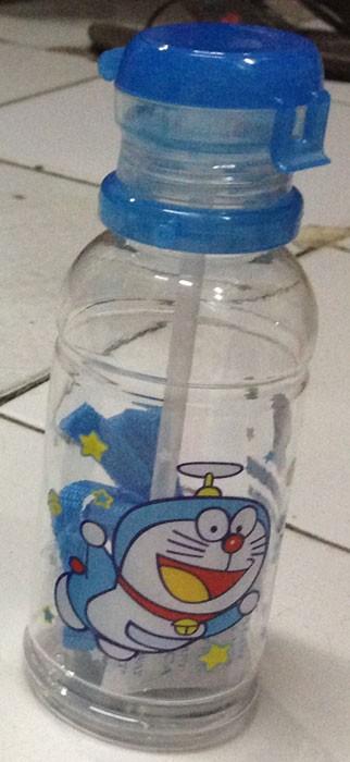Botol Minum Doraemon (Tali) 13090120