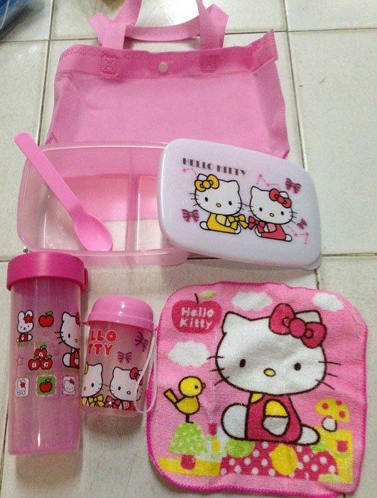 Kotak Makan Set Hello Kitty 14080180