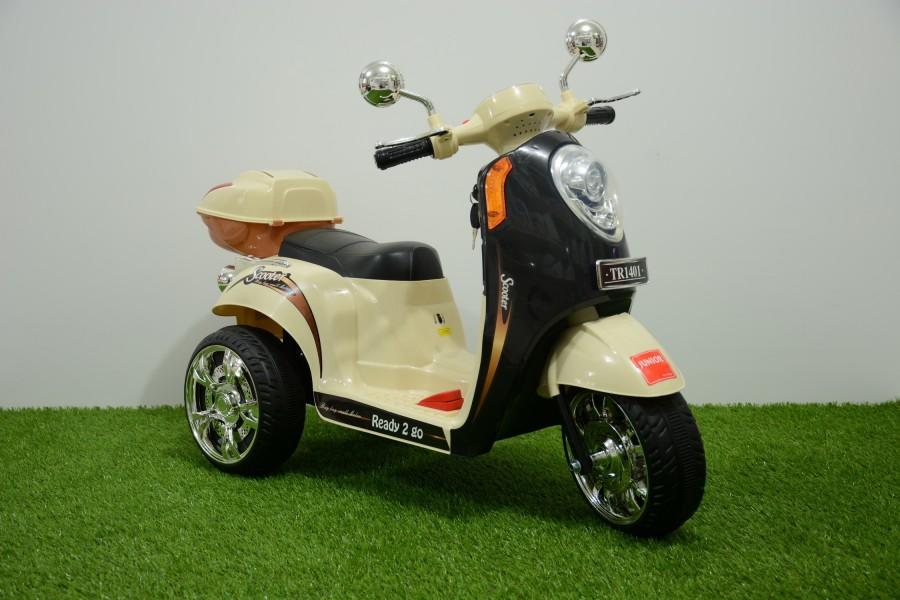 Motor Aki Scoopy Coklat