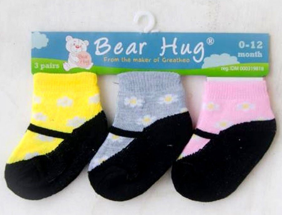 Kaos Kaki 3 In 1 Bear Hug 18120102