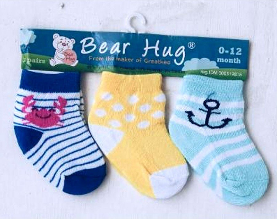 Kaos Kaki 3 In 1 Bear Hug 18120097
