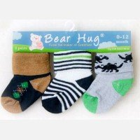 Kaos Kaki 3 In 1 Bear Hug 18120104