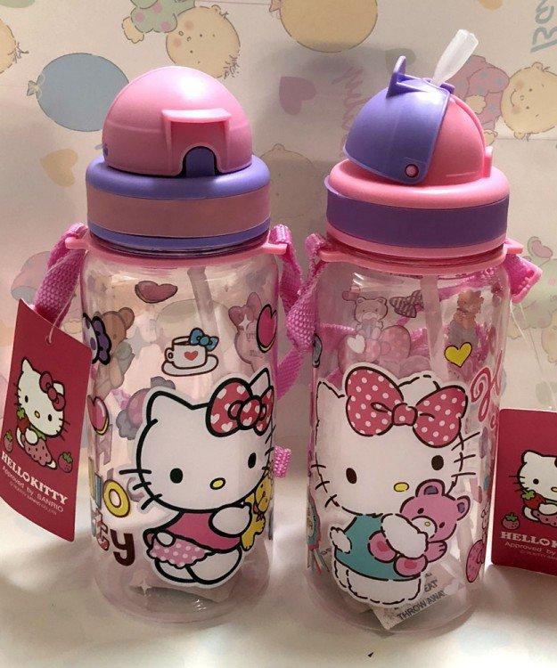 Botol Minum Sedotan Hello Kitty 18120147