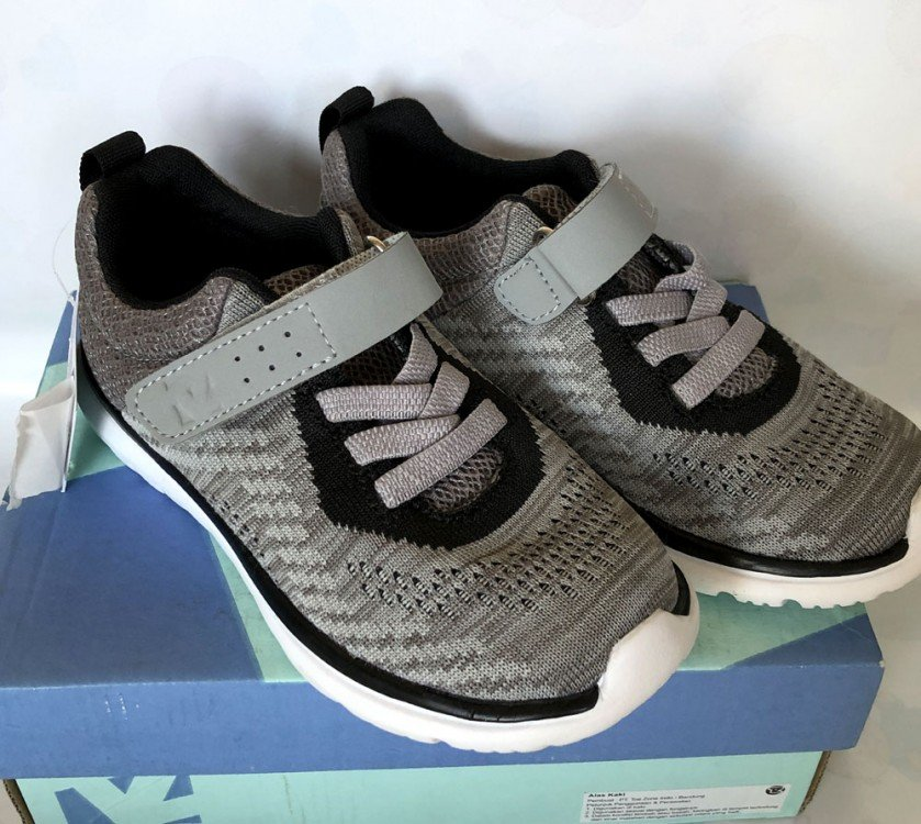 Sepatu Anak ToeZone Terra Ch Black Gray 19010036