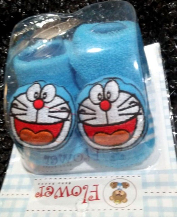 Kaos Kaki Boneka Doraemon 20010104