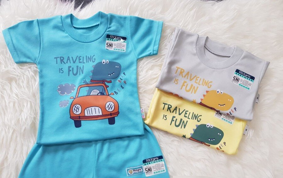 Baju Atasan Kaos Anak Ridges Travelling is Fun XL 20120092 (Atasan Saja)